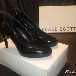 Blake Scott Betty Black Platform Pumps Sz 9M